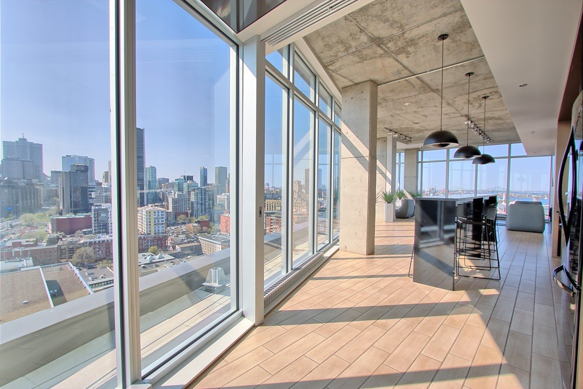 Condo louer vieux montr al mcgill immobilier for Club piscine montreal locations