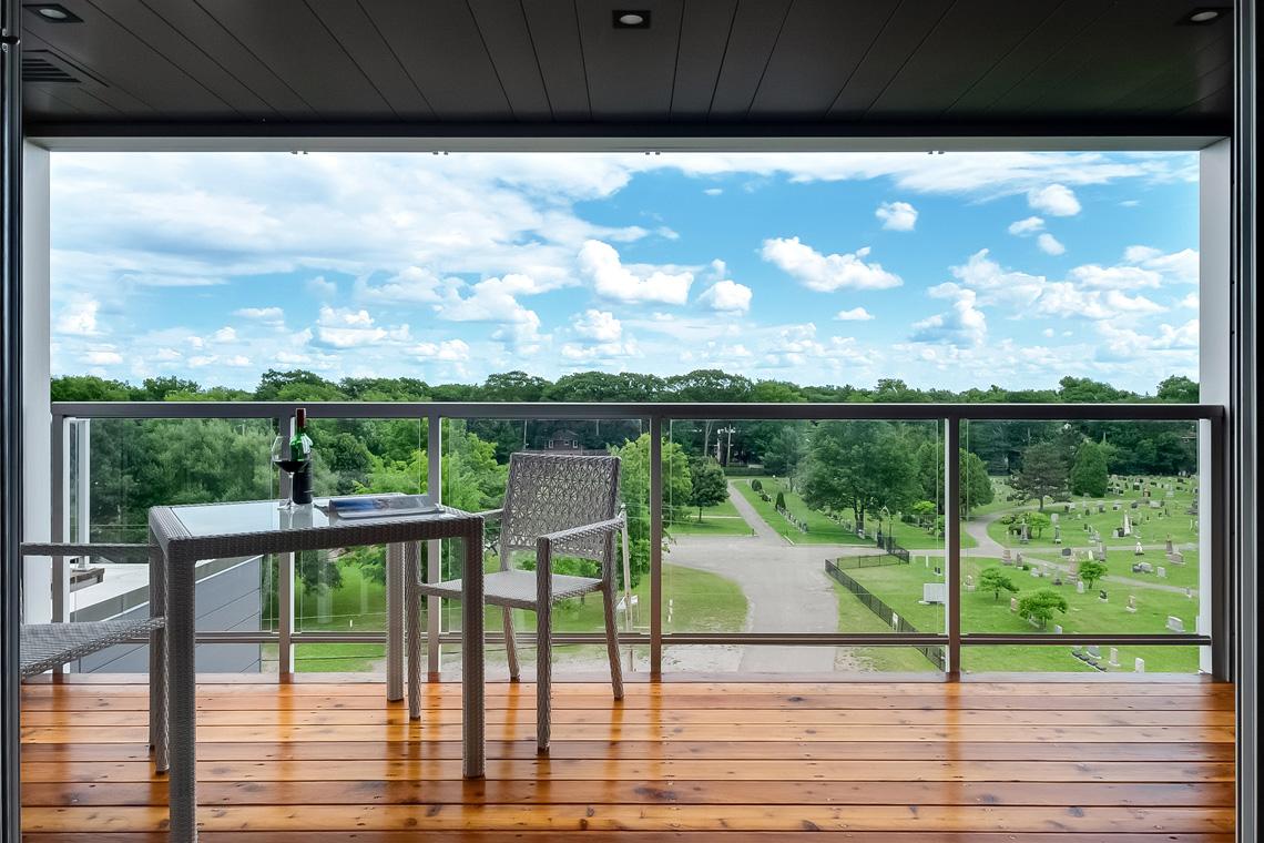 lunique condos neufs balcon