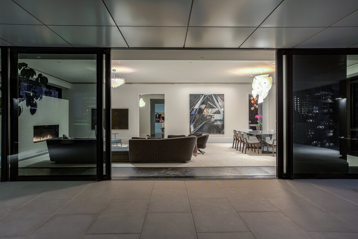 Downtown four seasons luxury stay condominiums montreal