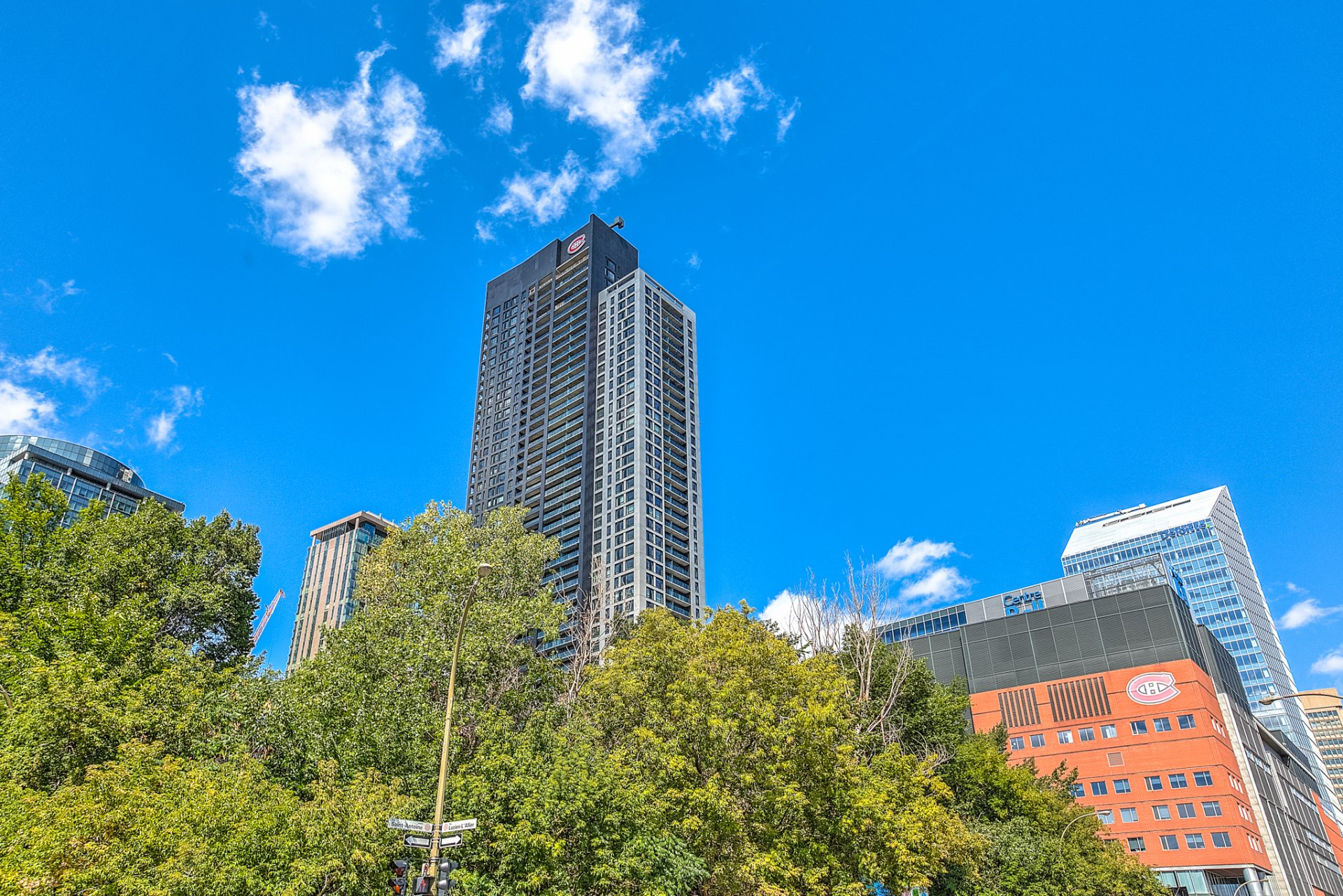 Luxury condo for sale montreal downtown 547 000 for La downtown condo for sale