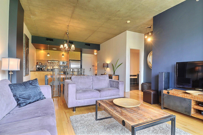 Penthouse meubl condo louer vieux montr al mcgill for Location de meuble montreal