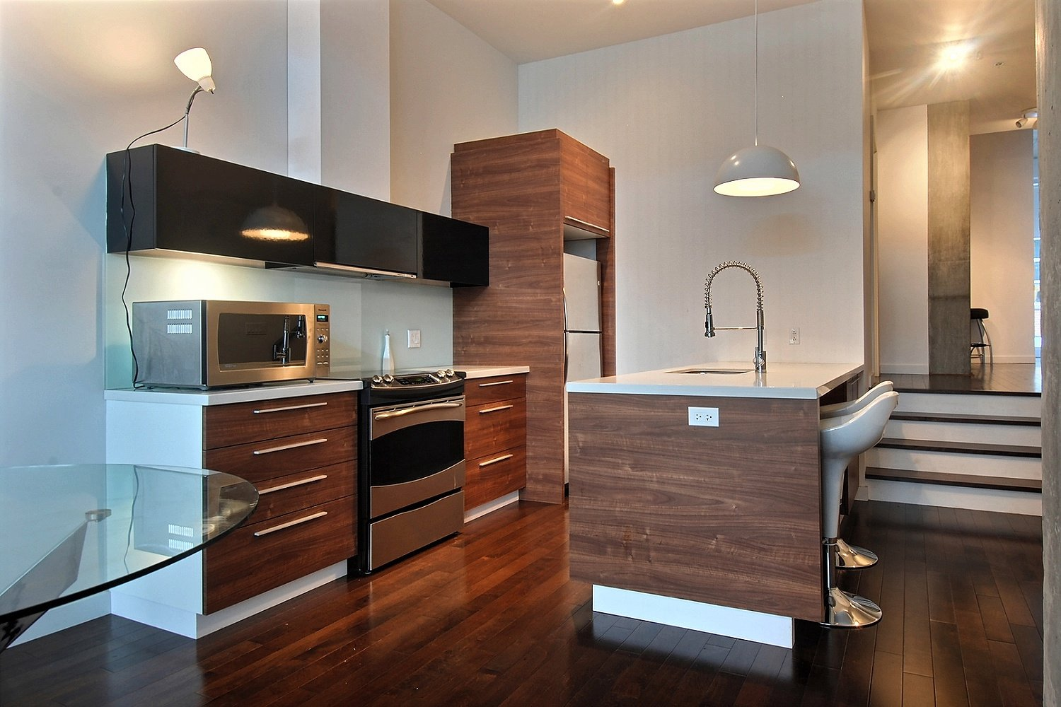 Chambre meuble a louer montreal for Meuble vieux montreal